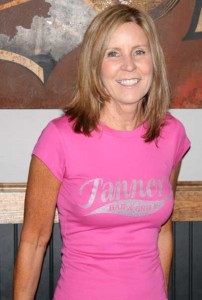 Tanner's Ladies Lovely Tee (b8701)